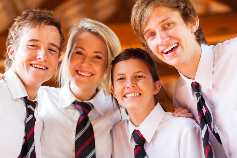 Deutscher Knigge-Rat für Schulkleidung